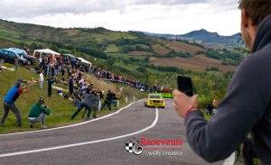 Paolo Diana ripreso da un cellulare - Foto Wolly Creative